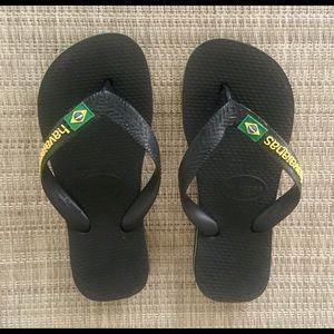 NWOT-Havaianas Brazil boys flip-flops, sz 13